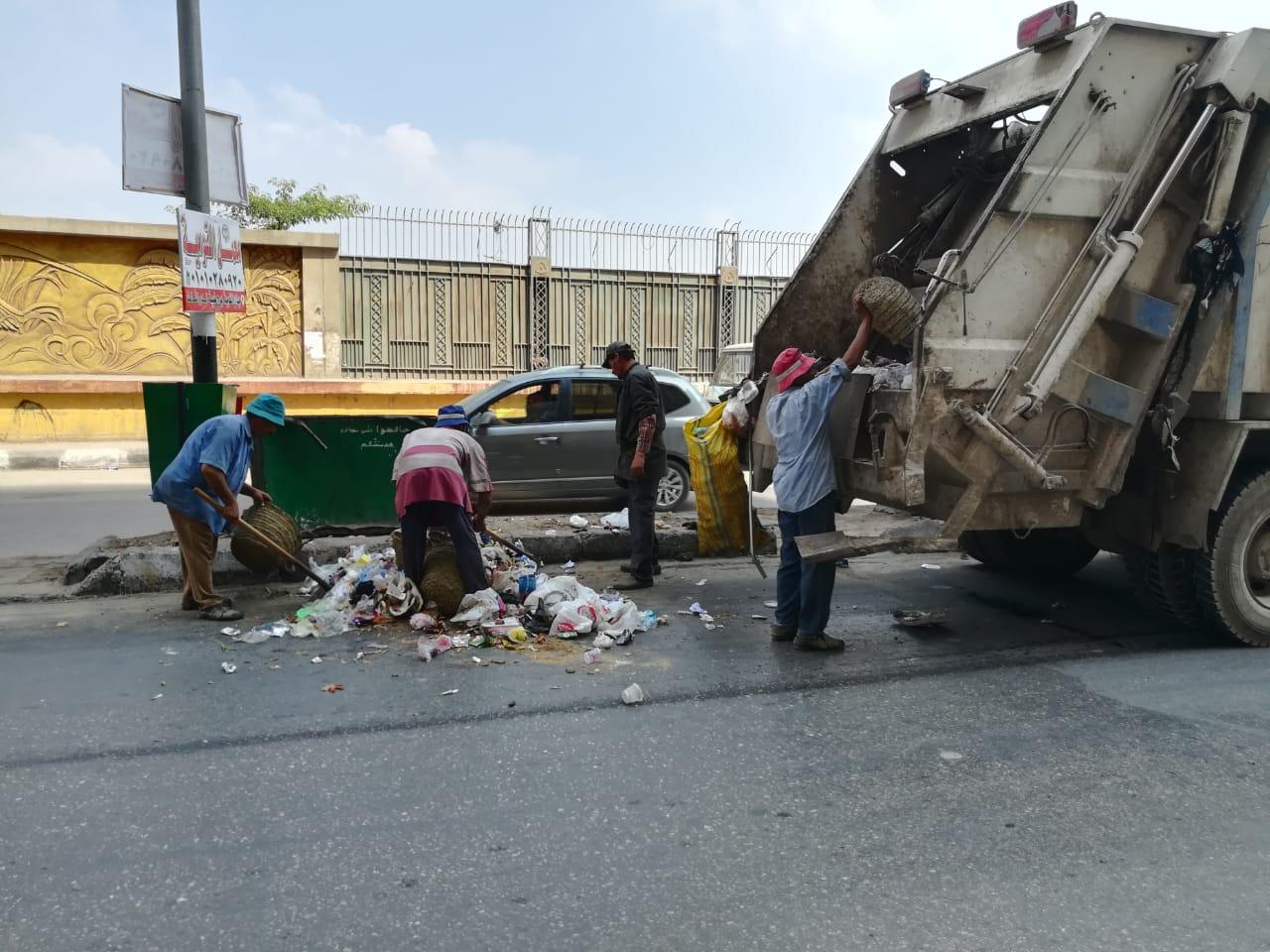 حملات لرفع كفاءة ونظافة الطرق بالزقازيق