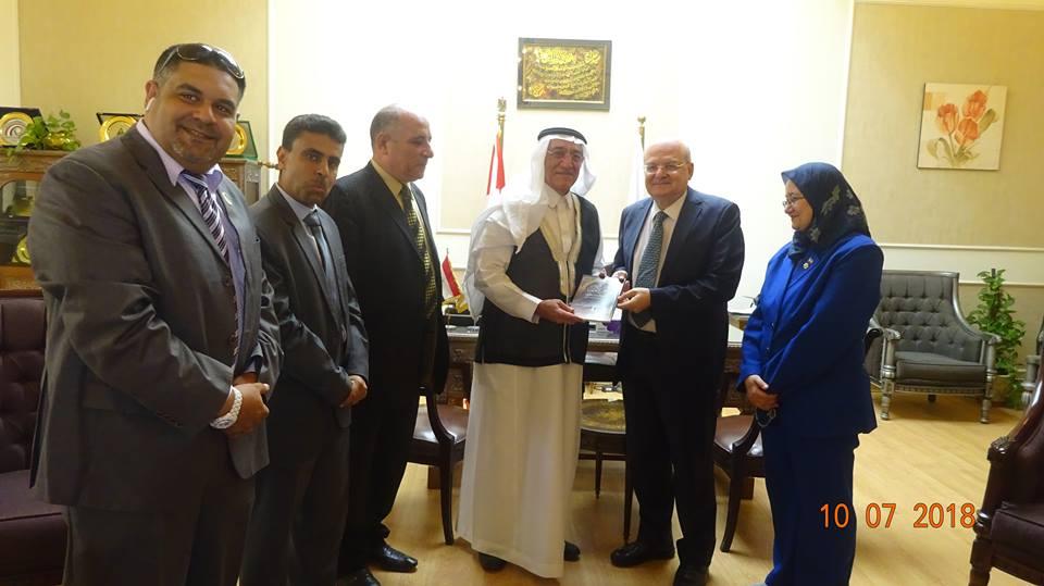 رئيس جامعة الزقازيق يستقبل وفداً سعودياً