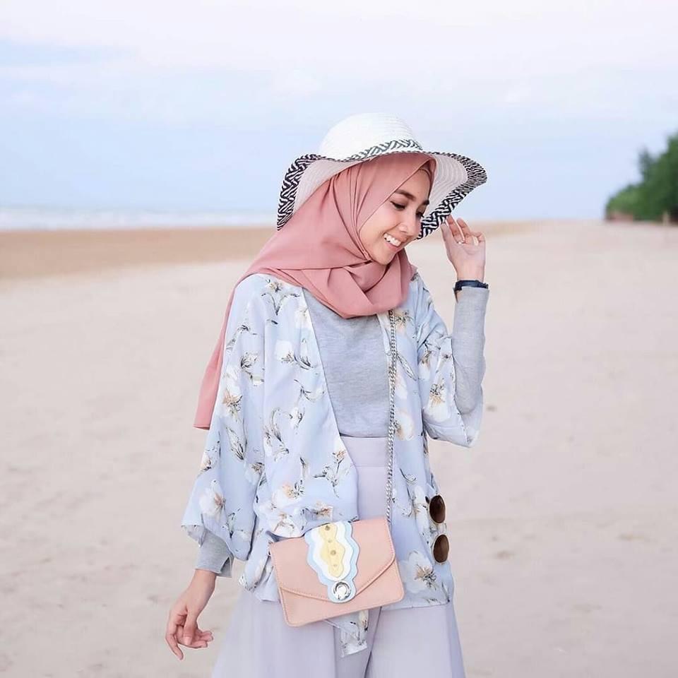 f3cdcb5daf539 ملابس محجبات صيف 2018 للشاطئ