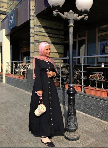دريس أسود من وفاء عز الدين