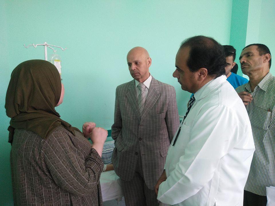 وزارة الصحة يطمئن على حالات النزلات المعوية بمستشفى الصالحية 2