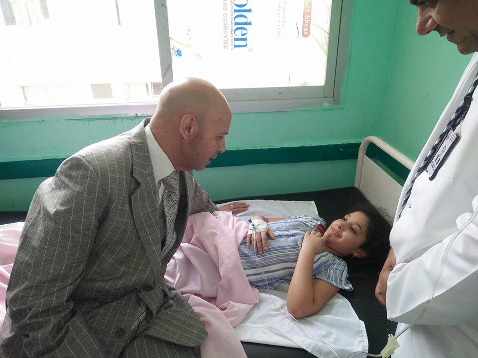 وكيل وزارة الصحة يطمئن على حالات النزلات المعوية بمستشفى الصالحية