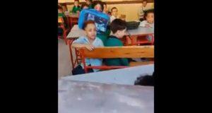 التعليم على فيديو الطفل الباكي داخل مدرسته