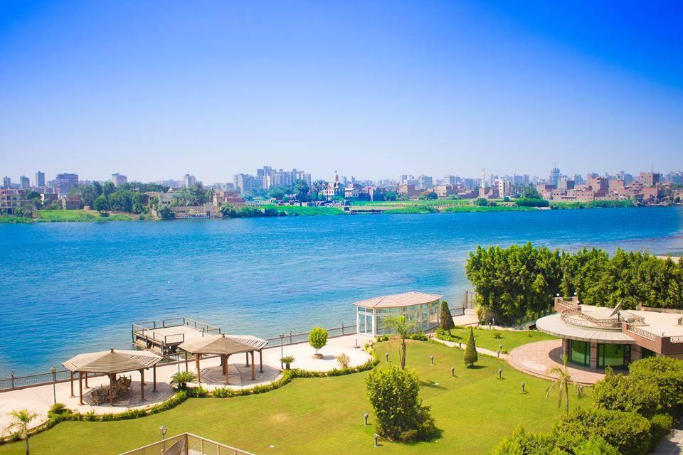 جزر خضراء وسط النيل بجزيرة المعادي
