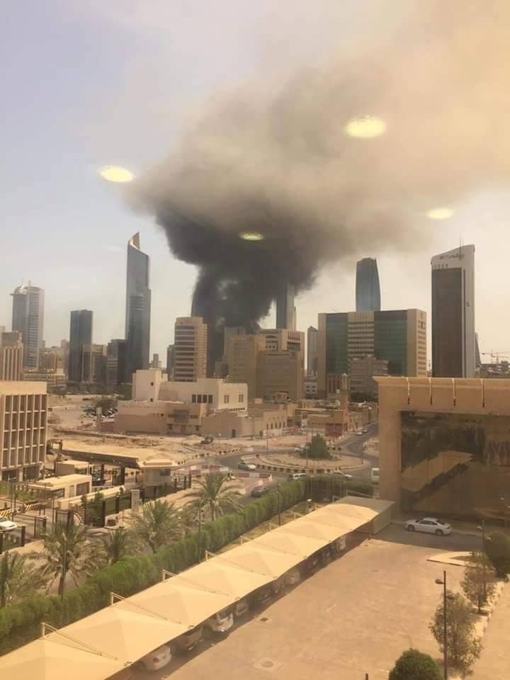ضخم في بنك بالكويت وإجلاء أكثر من 2500 عامل