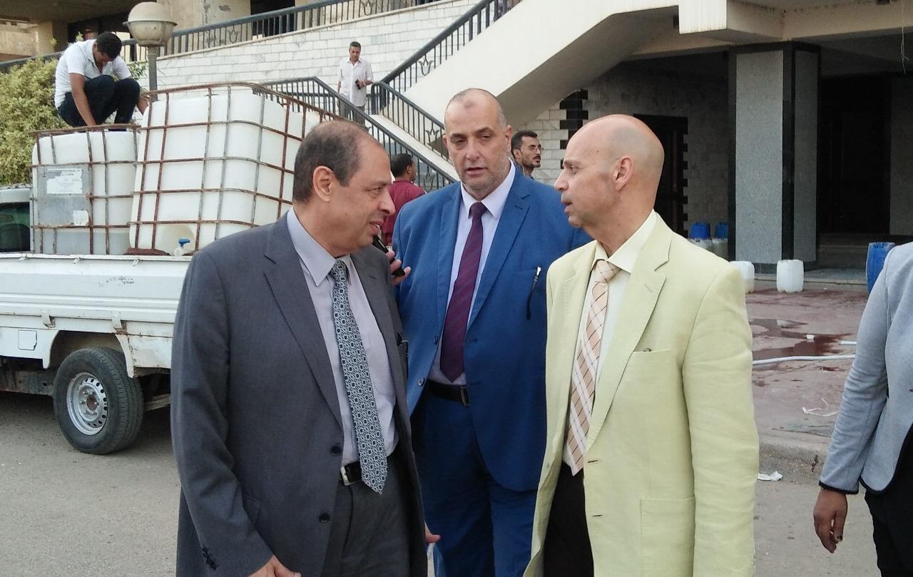 رئيس الشئون الوقائية بوزارة الصحة يزور محافظة الشرقية