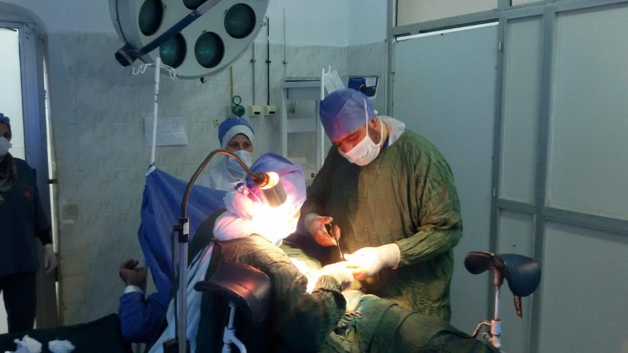 قوافل جراحية بالشرقية تجري 94 عملية للمواطنين
