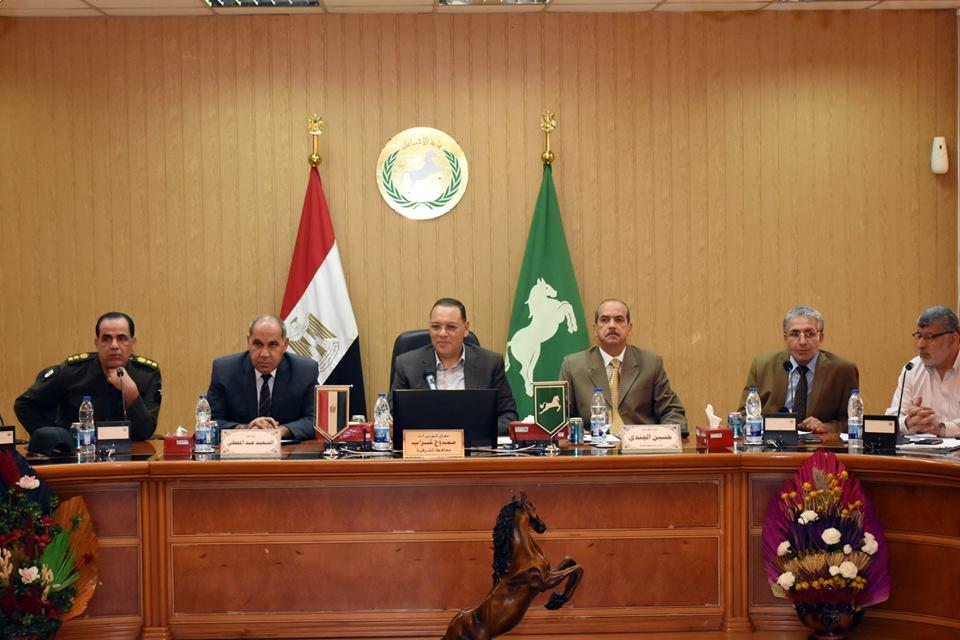 محافظ الشرقية يطالب رؤساء المراكز بعقد لقاءات جماهيرية
