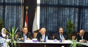 محافظ الشرقية يٌشارك في اجتماع مجلس جامعة الزقازيق