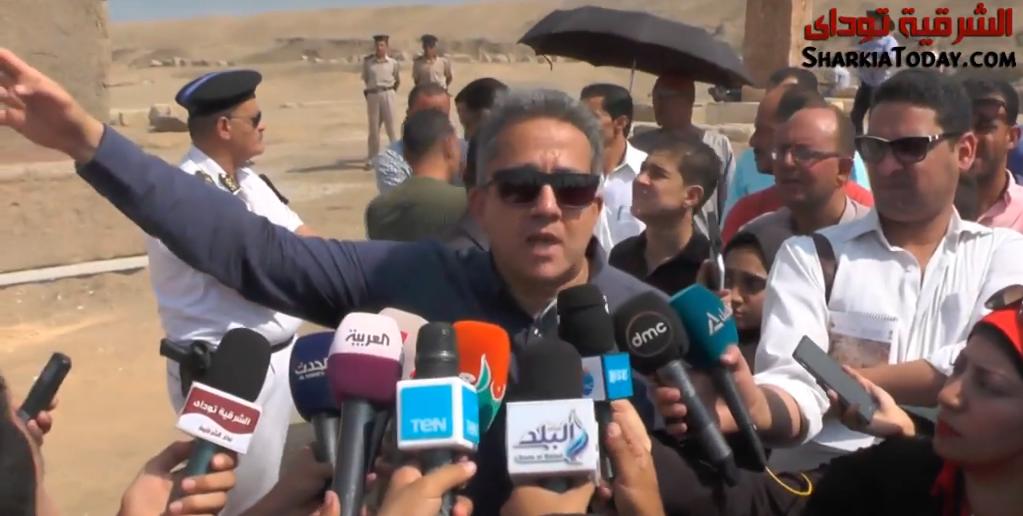 وزير الآثار عن صان الحجر