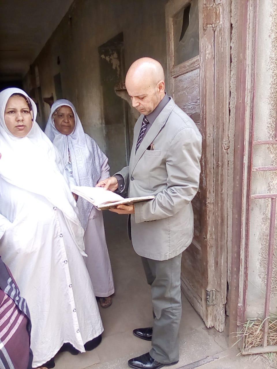 وكيل صحة الشرقية يفاجئ وحدة طب الأسرة بالعزيزية