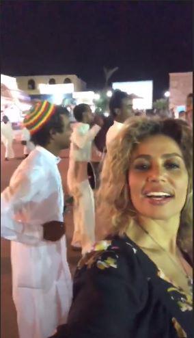 أول ظهور لزوزجة عمرو دياب بعد إعترافه بعلاقته بدينا الشربيني