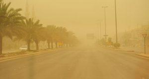 الأرصاد تحذر من عاصفة ترابية وأمطار غزيرة في هذا الموعد