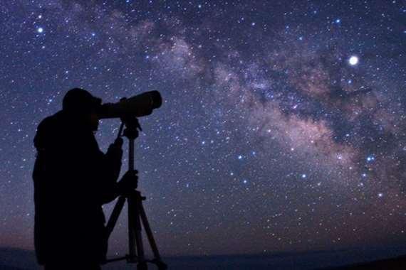 البحوث الفلكية تكشف موعد المولد النبوي الشريف