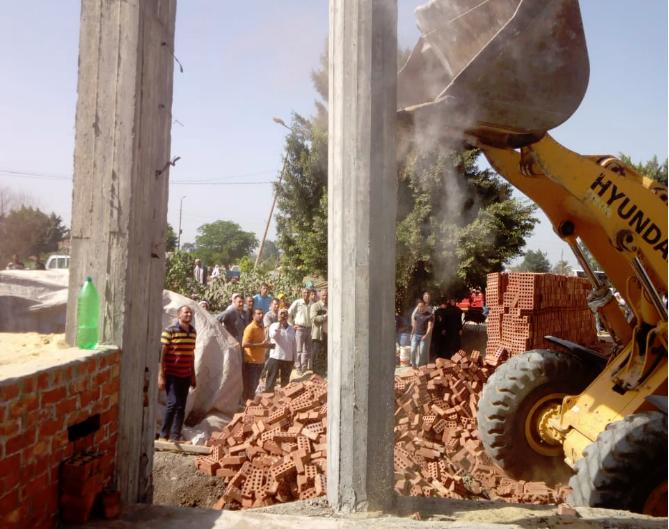 حملة إزالة المخلفات بقرية الزهراء