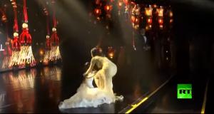 سقوط ملكة جمال العالم 2018 مغشيا عليها عقب إعلان فوزها
