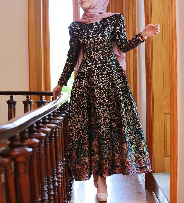 فستان أسود مشجر موضة 2019