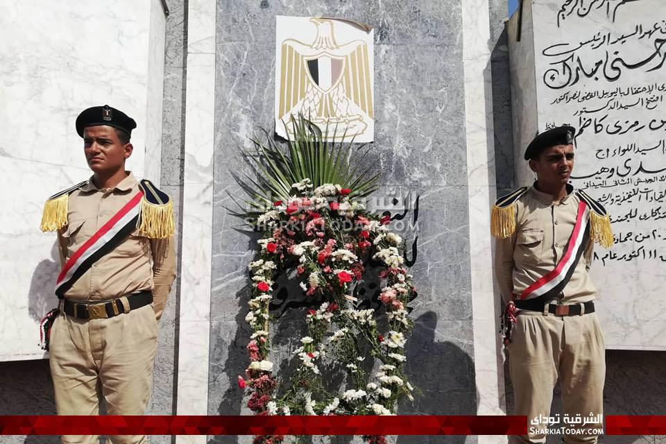 الشرقية يضع إكليل من الزهور على قبر الجندي المجهول 6