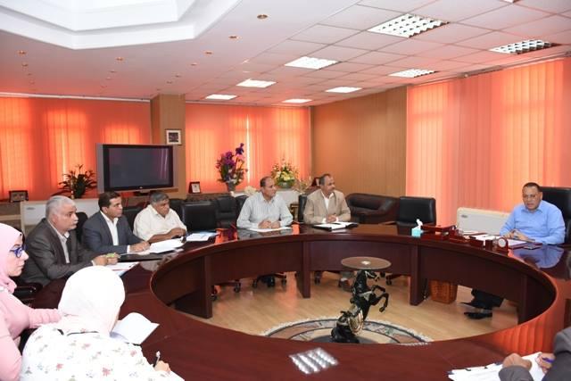 الشرقية يعقد اجتماعًا مع رؤساء المدن الجدد بعد إجراء حركة تنقلات محدودة4