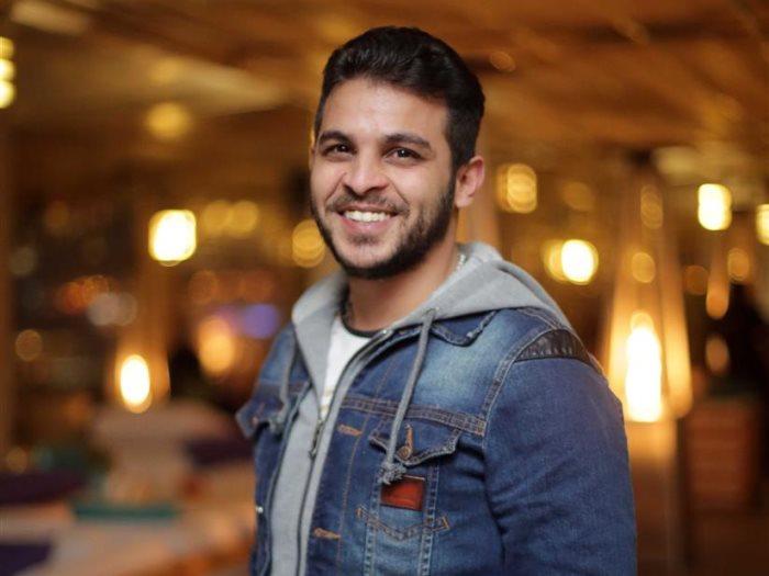 محمد رشاد بعد إلغاء زفافه على مي حلمي