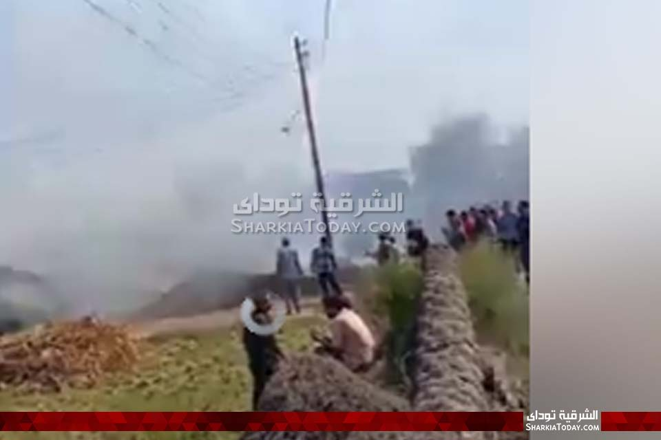 حريق هائل في قش أرز بأبوكبير