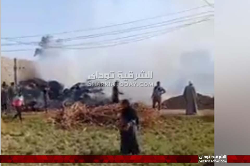 حريق هائل في قش أرز بأبوكبير 123