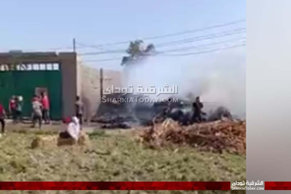 حريق هائل في قش أرز بأبوكبير 4