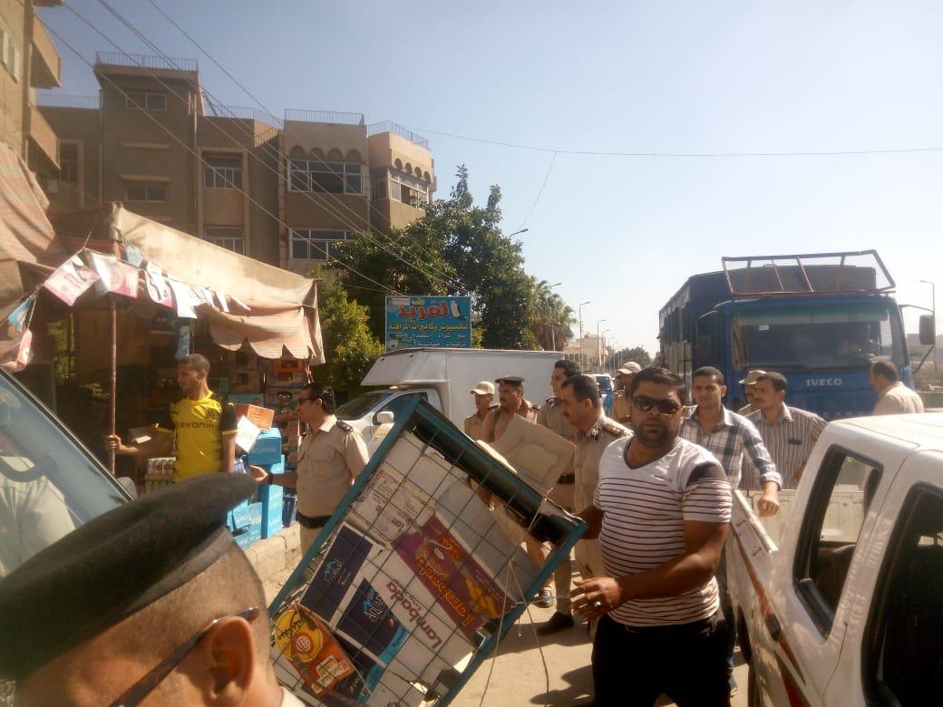 إزالة الاشغالات بمدينة الزقازيق