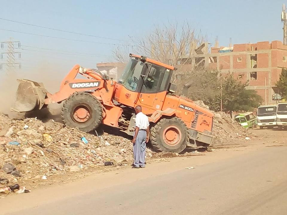 أعمال النظافة في شوارع الزقازيق2
