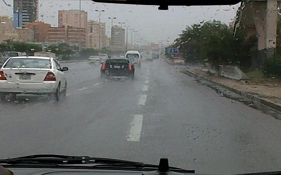 الأرصاد الجوية تحذر المواطنين من أمطار الثلاثاء