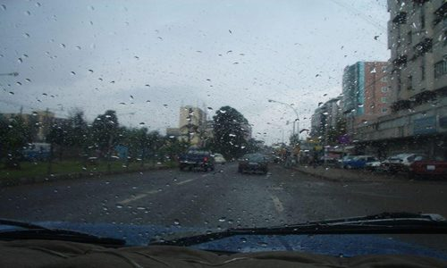 الأرصاد تحذر المواطنين من أمطار الجمعة