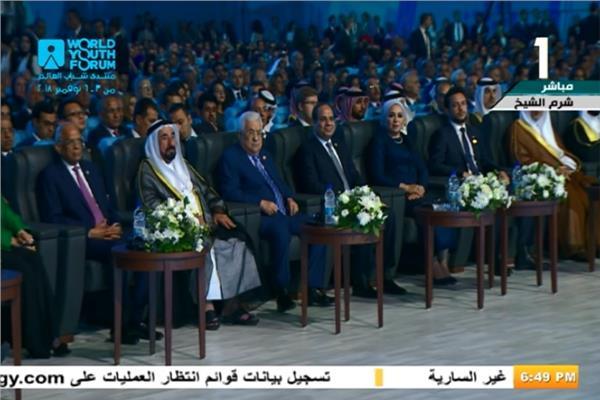 السيسي يشاهد فيلم تسجيلي عن تاريخ مصر