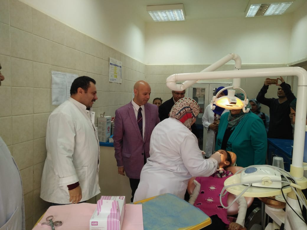 الكشف علي ١٦٠٠ مريض بالمركز الطبي بالعاشر من رمضان