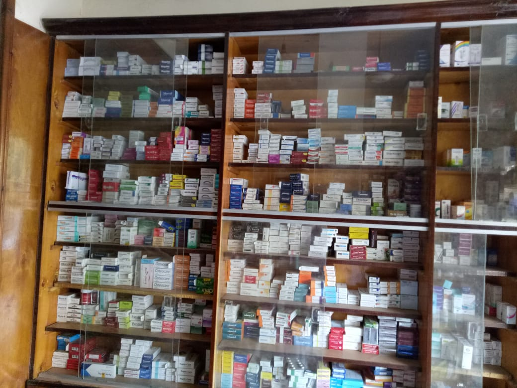 تشميع صيدلية بمنيا القمح والتحفظ على 13 ألف قرص أدوية