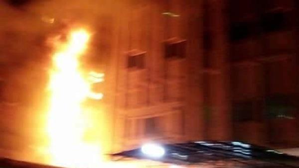 حريق هائل في النادي الأهلي
