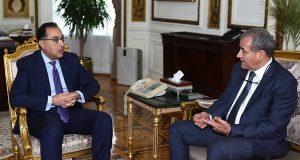 رئيس الوزراء يجتمع بوزير التموين بشأن الدعم