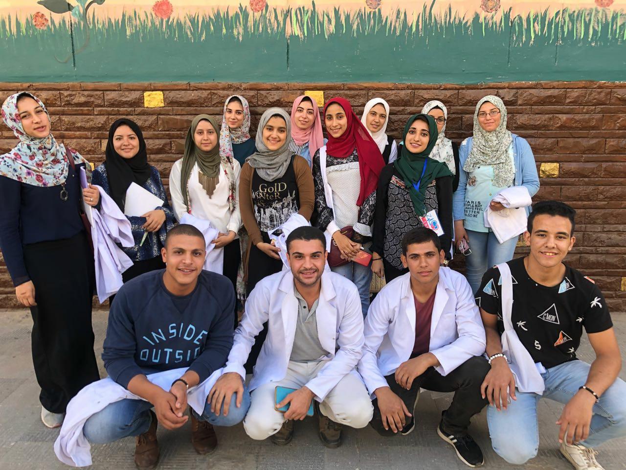 طلاب كلية التمريض
