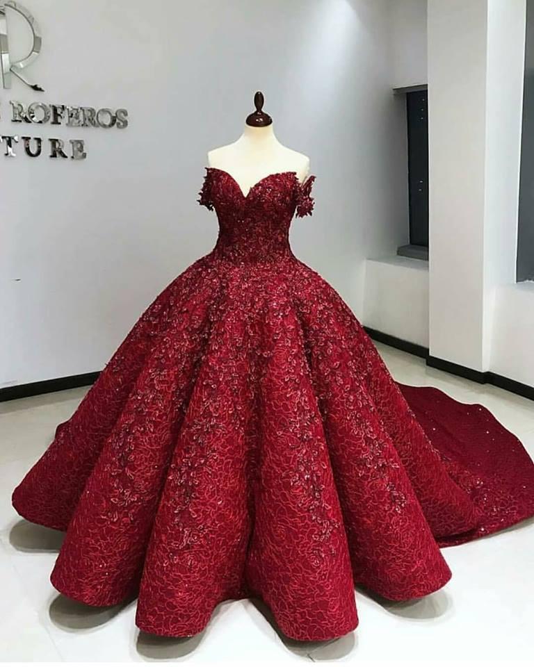 فستان أحمر موضة شتاء 2019