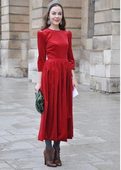 فستان أحمر 2019