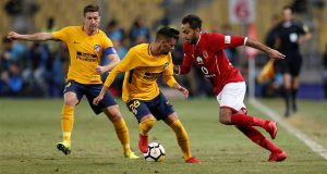 كهربا مع لاعبي الأهلي بعد تداول أخبار انتقاله للأحمر