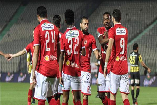 لاعب الأهلي يوقع للمصري البورسعيدي