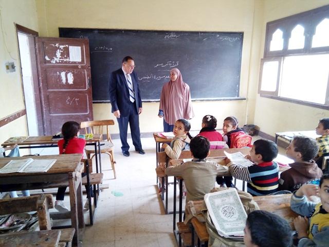 الشرقية يتابع الدراسة في مدرسة خزبك ومعهد زكريا الأنصاري بأبوحماد