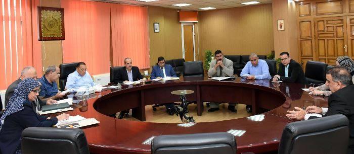 الشرقية يترأس لجنة لاختبار تجديد شغل وظيفة مدير عام الشئون المالية والإدارية