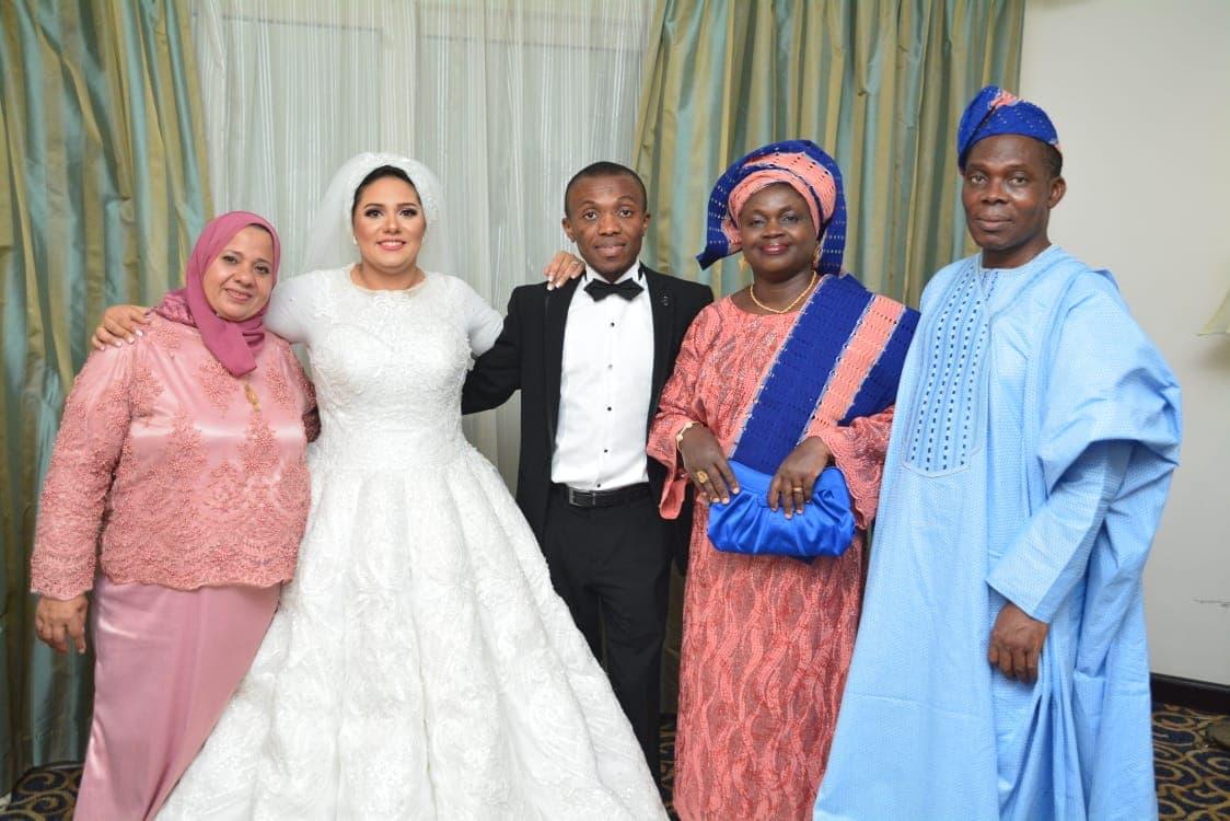 مصرية تتزوج من نيجيري