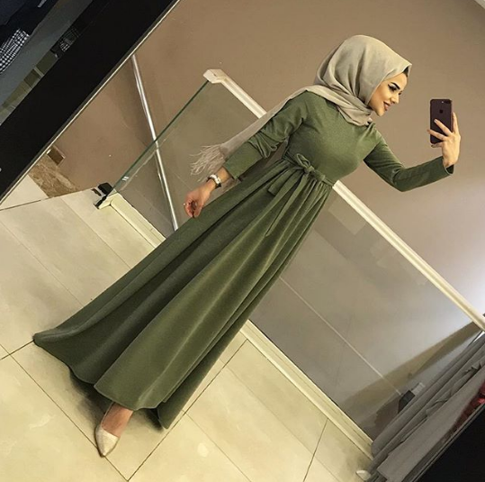موديل فستان مخملي 2019