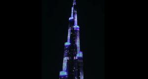 هواوي تعرض مزايا سلسلة Mate 20 الجديدة على برج خليفة بدبي