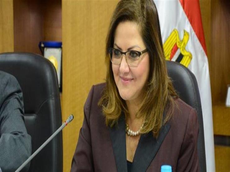 وزيرة التخطيط تعتمد نظام التعاقد الوظيفي المؤقت