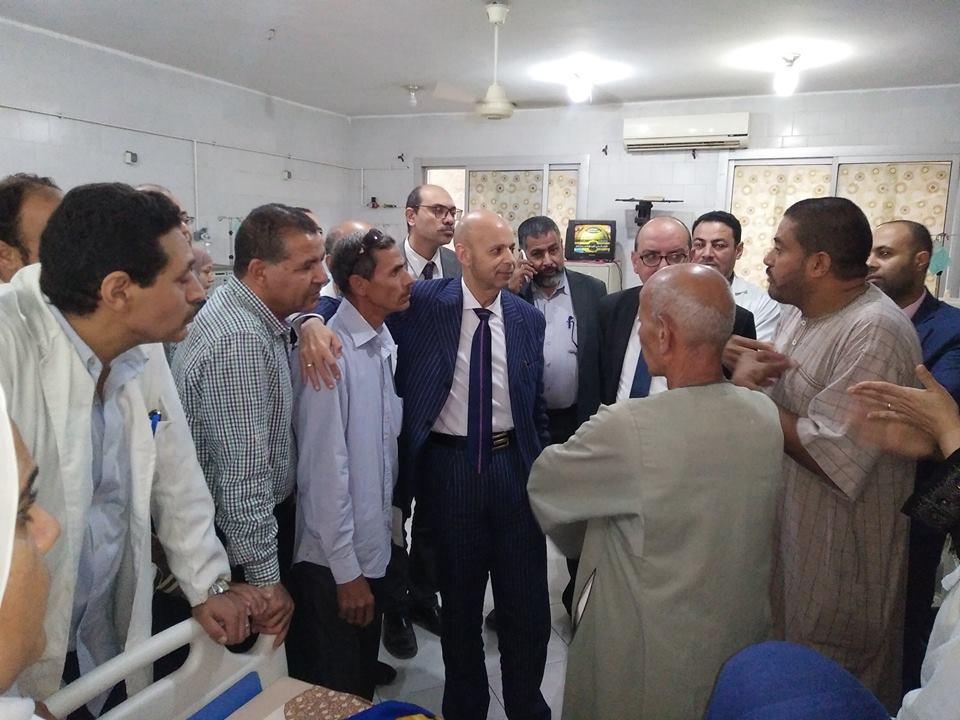 صحة الشرقية يتفقد مستشفى منيا القمح ويناقش معوقات العمل9
