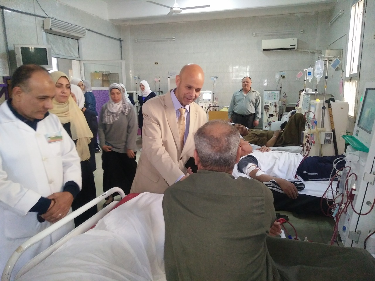 وكيل صحة الشرقية يرصد سلبيات مستشفى كفر صقر