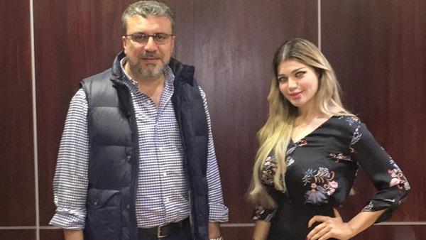 ياسمين الخطيب تشارك تامر أمين في تقديم آخر النهار